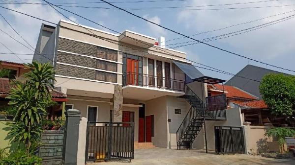 OYO 2351 Kost Ciper Jakarta
