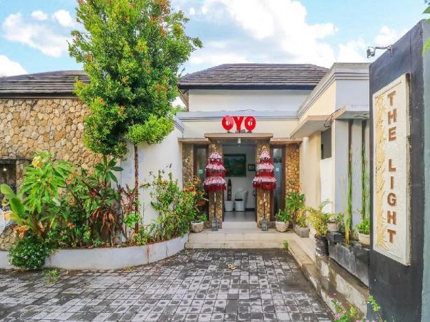 OYO 2316 The Light Bali Villas