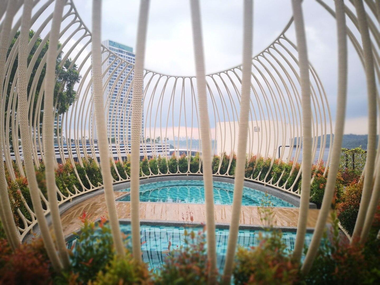 PUTERI COVE Nice Pool View 2 Bedrms+WIFI+Legoland