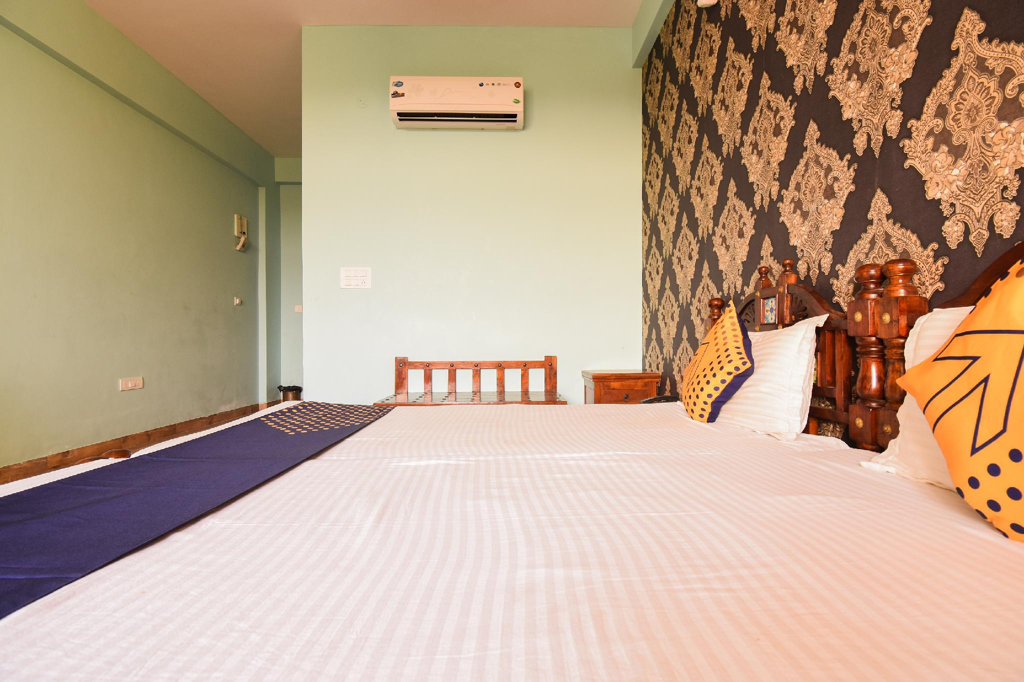 SPOT ON 66530 Green Filed Resort & Club
