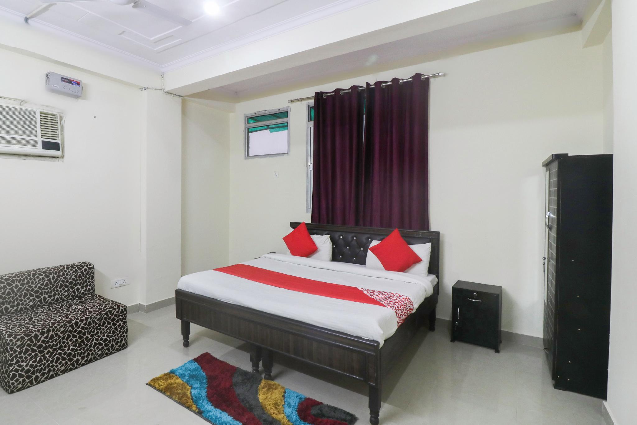 OYO 66309 Shivam Residency