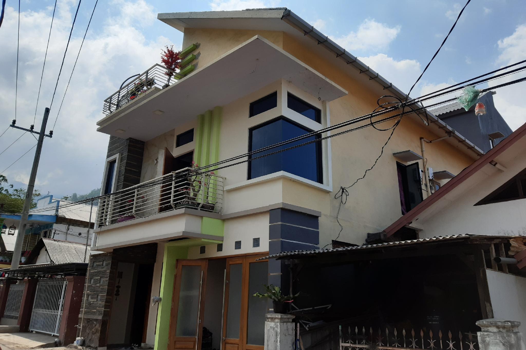 OYO 2525 Rumah Bromo