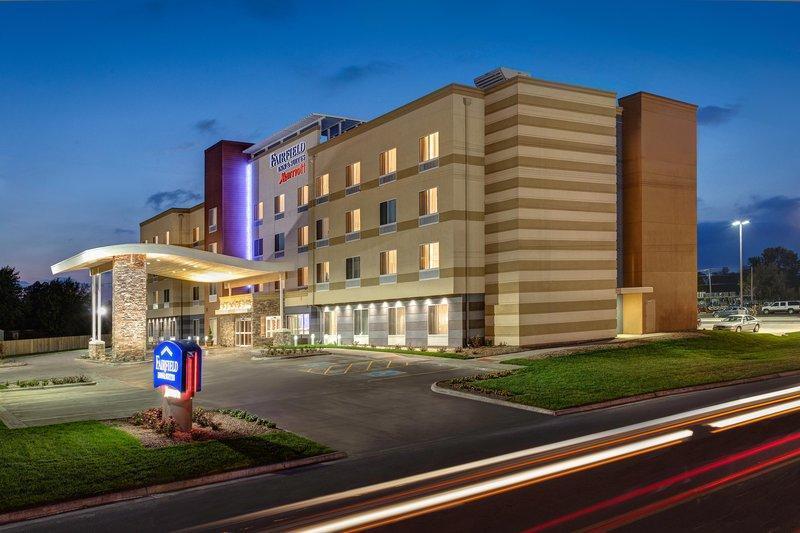 Fairfield Inn And Suites By Marriott Minneapolis North