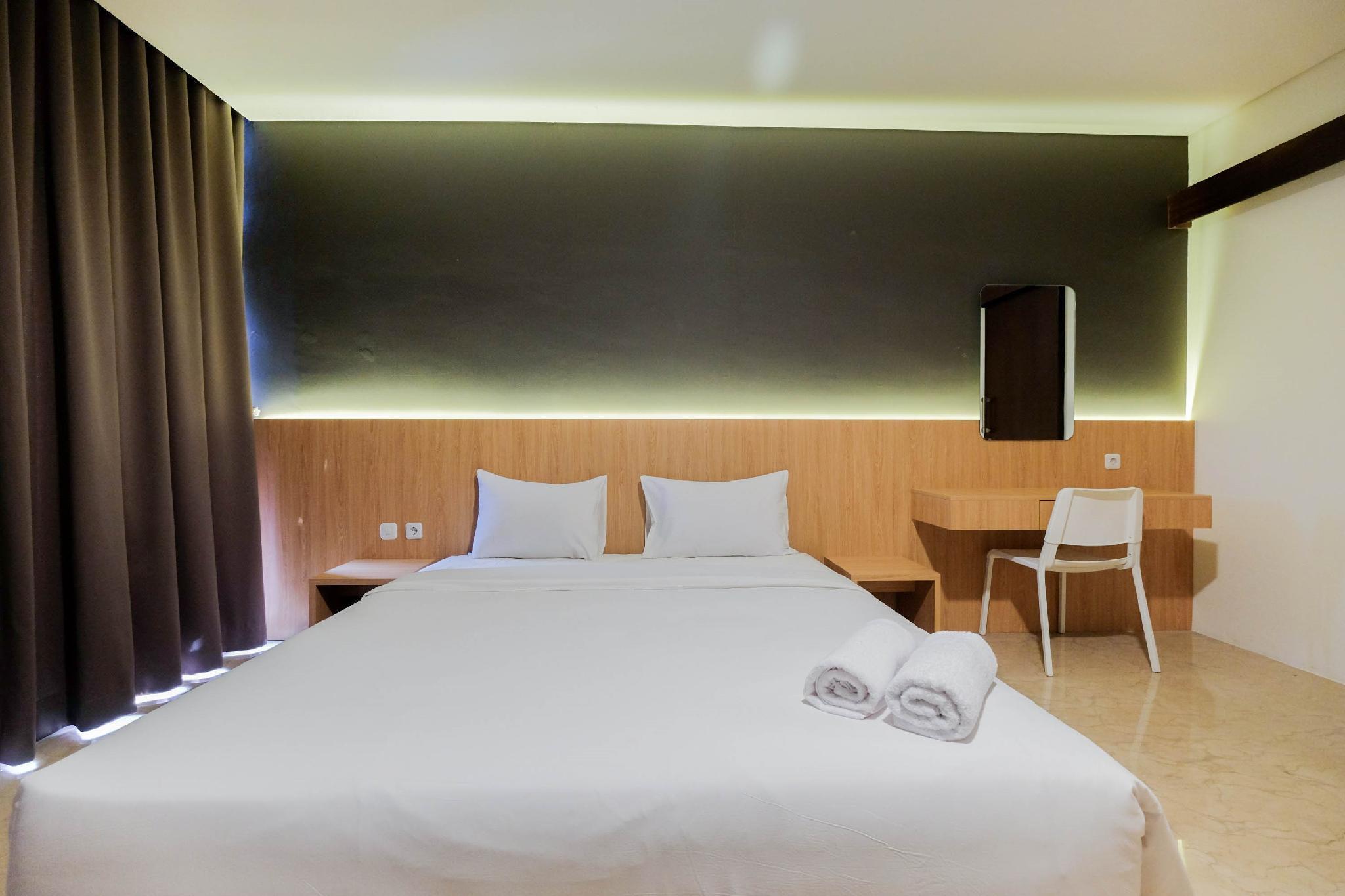Comfy 1BR Pancoran L'Avenue Apartment By Travelio