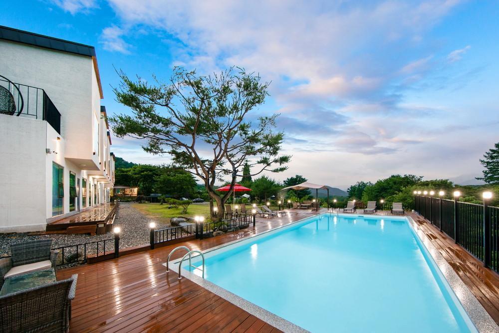 Gapyeong Haren Pool Villa