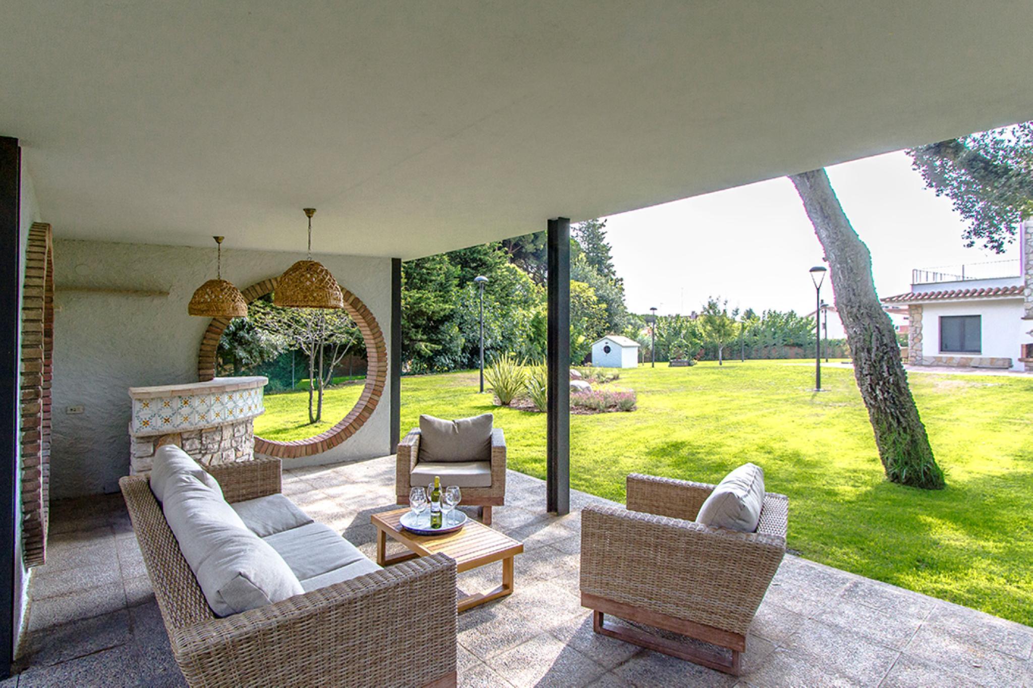 107583   Villa In Lli�� D'Amunt