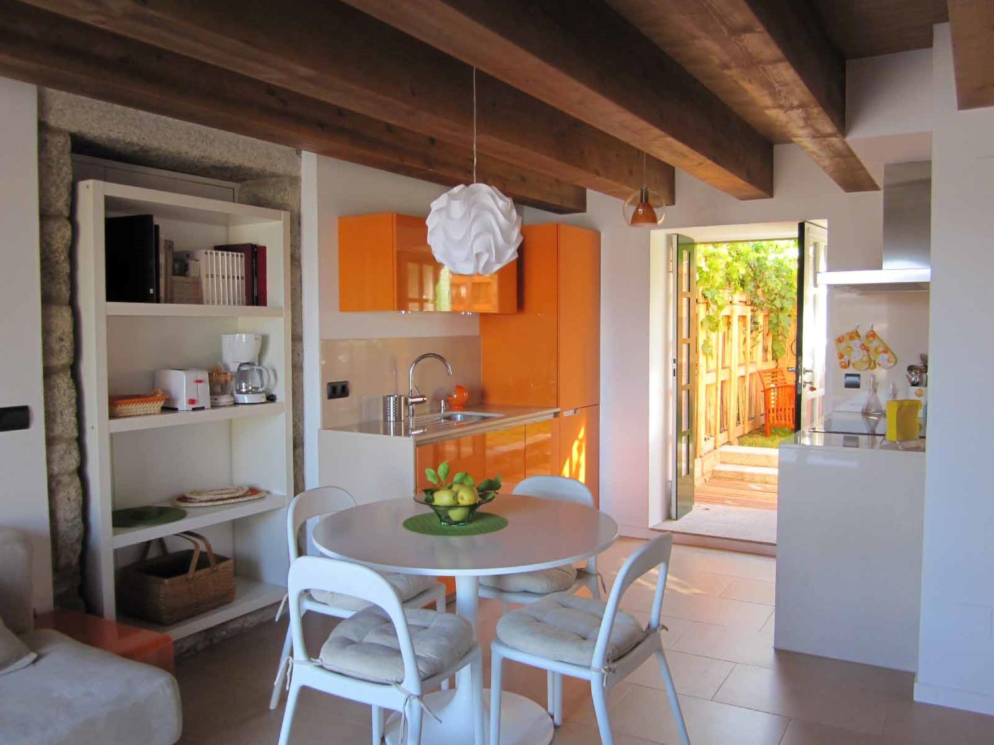 107451   Apartment In Portosin