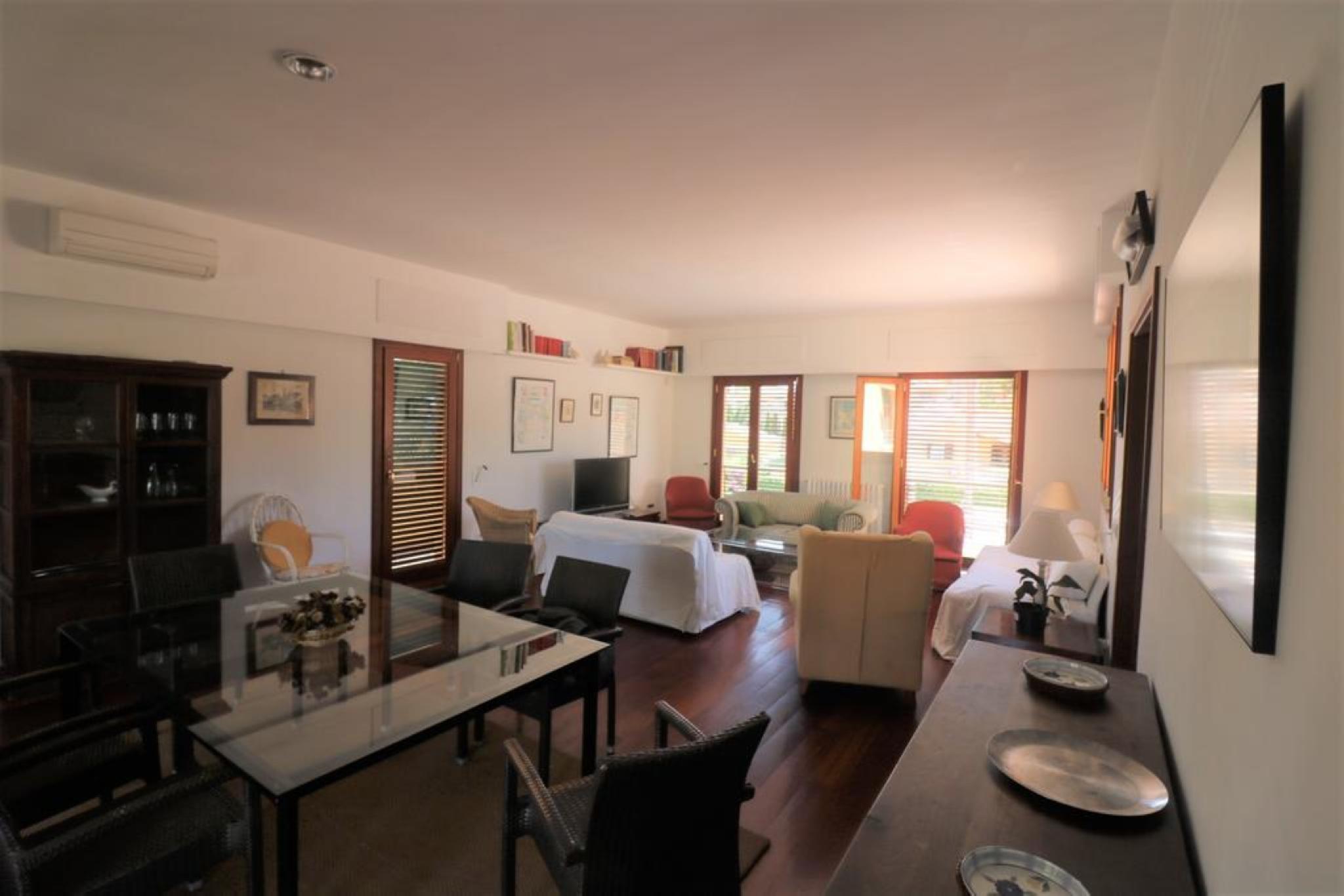 107497   Villa In Santa Ponsa
