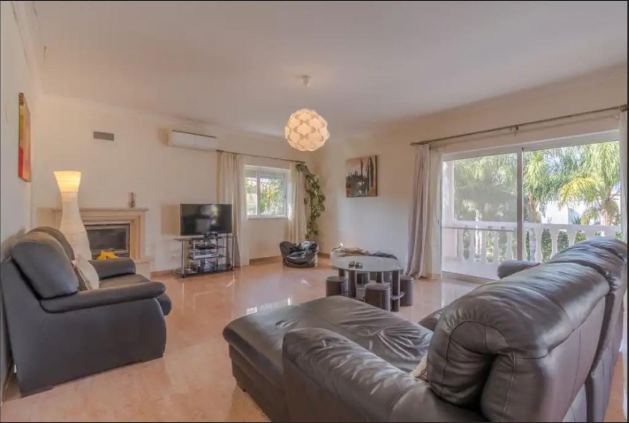 107747   Villa In Montes De Alvor