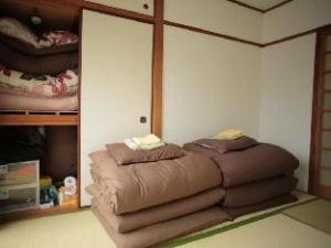 Nagarekawa Apartment
