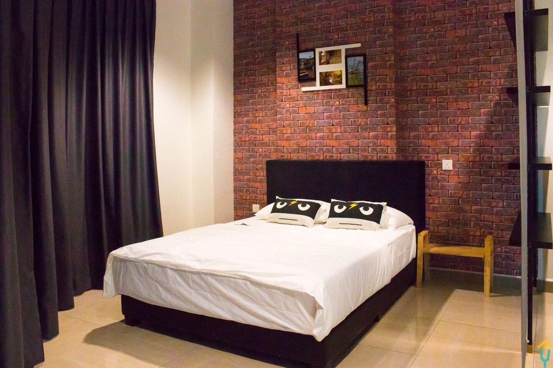 Loft Style Cozy 2 Bedroom