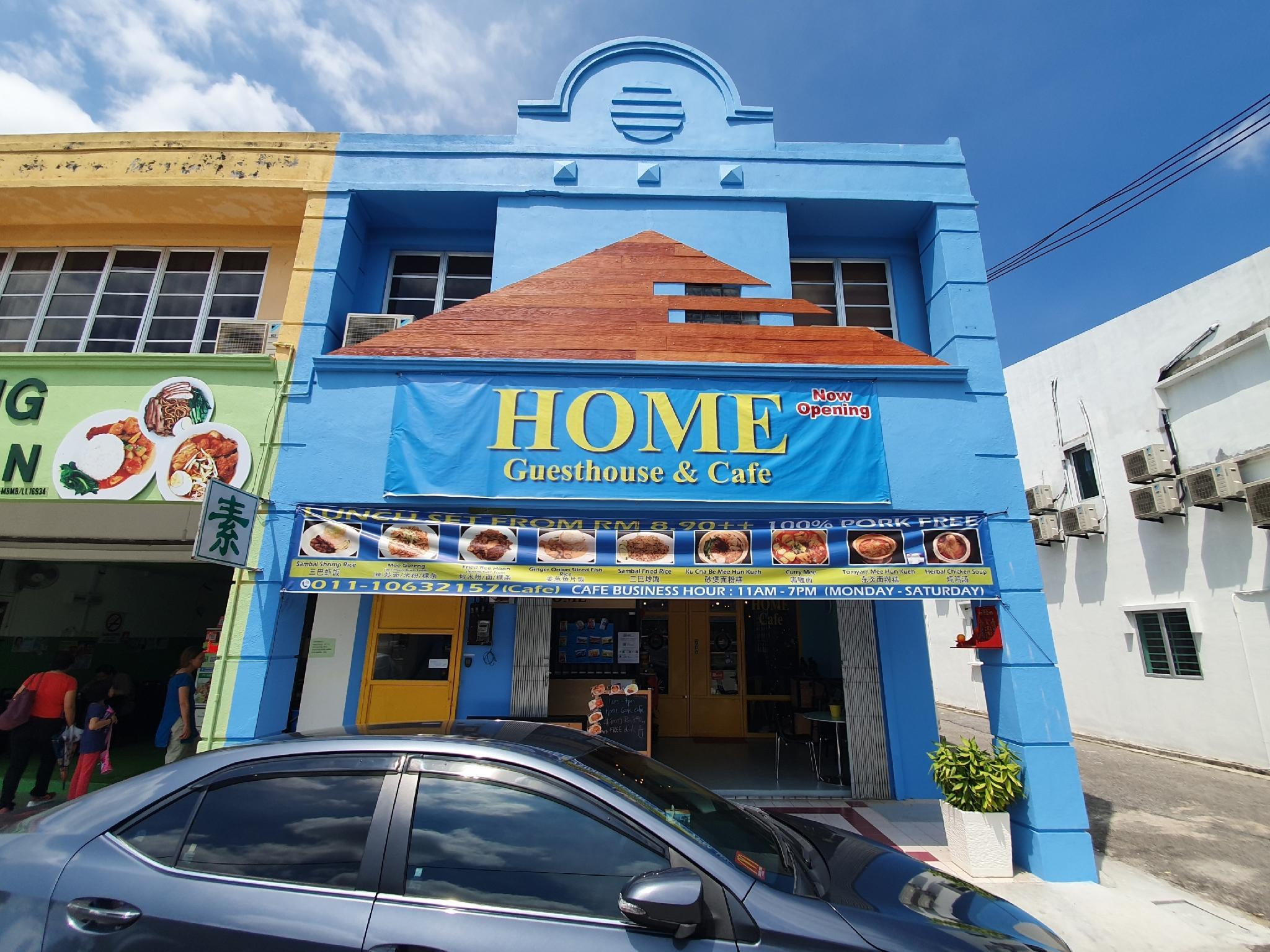 SPOT ON 89728 Home Guesthouse And Cafe