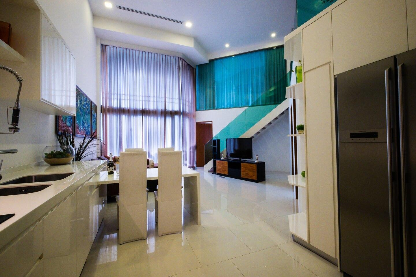 Luxury Two Storey Apartment With 3 Bedrooms
