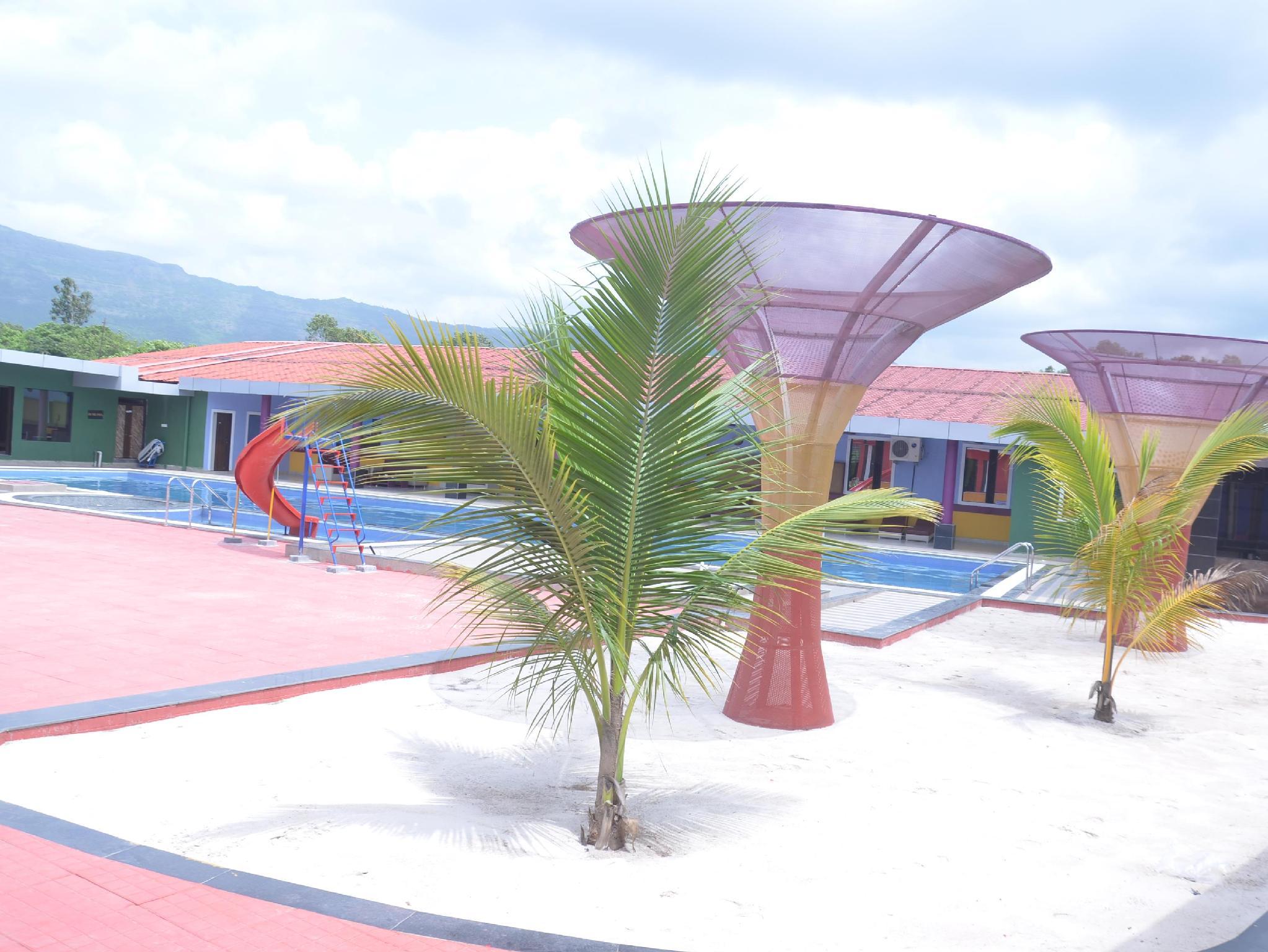 007 Universe Resort