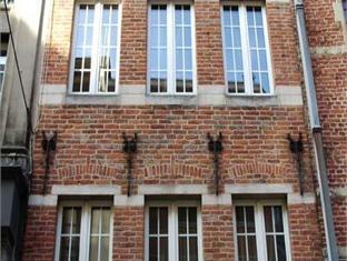 Rentbynight Aparthotel 1