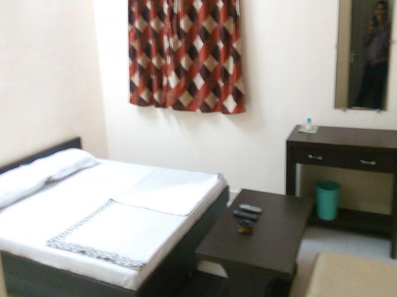Price Hotel Jagdamba Palace
