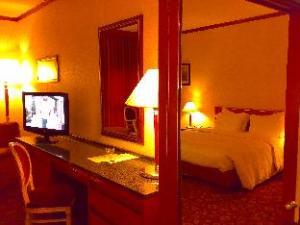 Russott Hotel