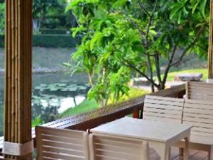 Isaree Secret Garden