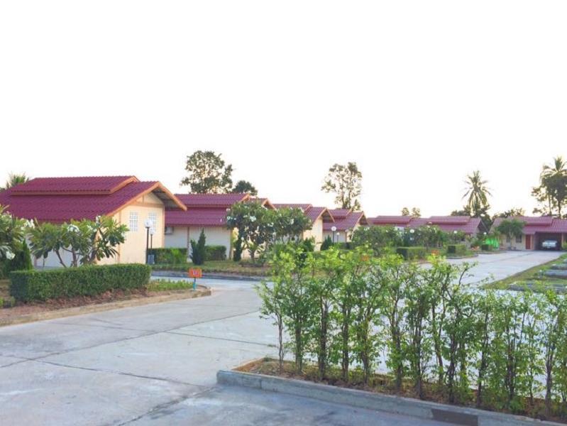 Khansuk Resort คานสุข รีสอร์ต