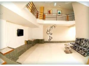 Vista Rooms @ Alkapuri