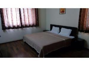 Vista Apartments near Netguru New Link Road