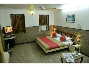 關於韋斯塔房飯店 - 戈瓦利亞坦科 (Vista Rooms @ Gowalia Tank)