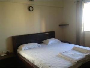 Vista Rooms near Magarpatta Circle