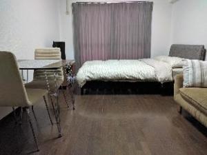 Apartment Romanesque Nishijin Dai 5 by Fukuoka Properties