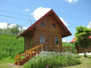 關於向日葵小屋 (Log Cottage Himawari)