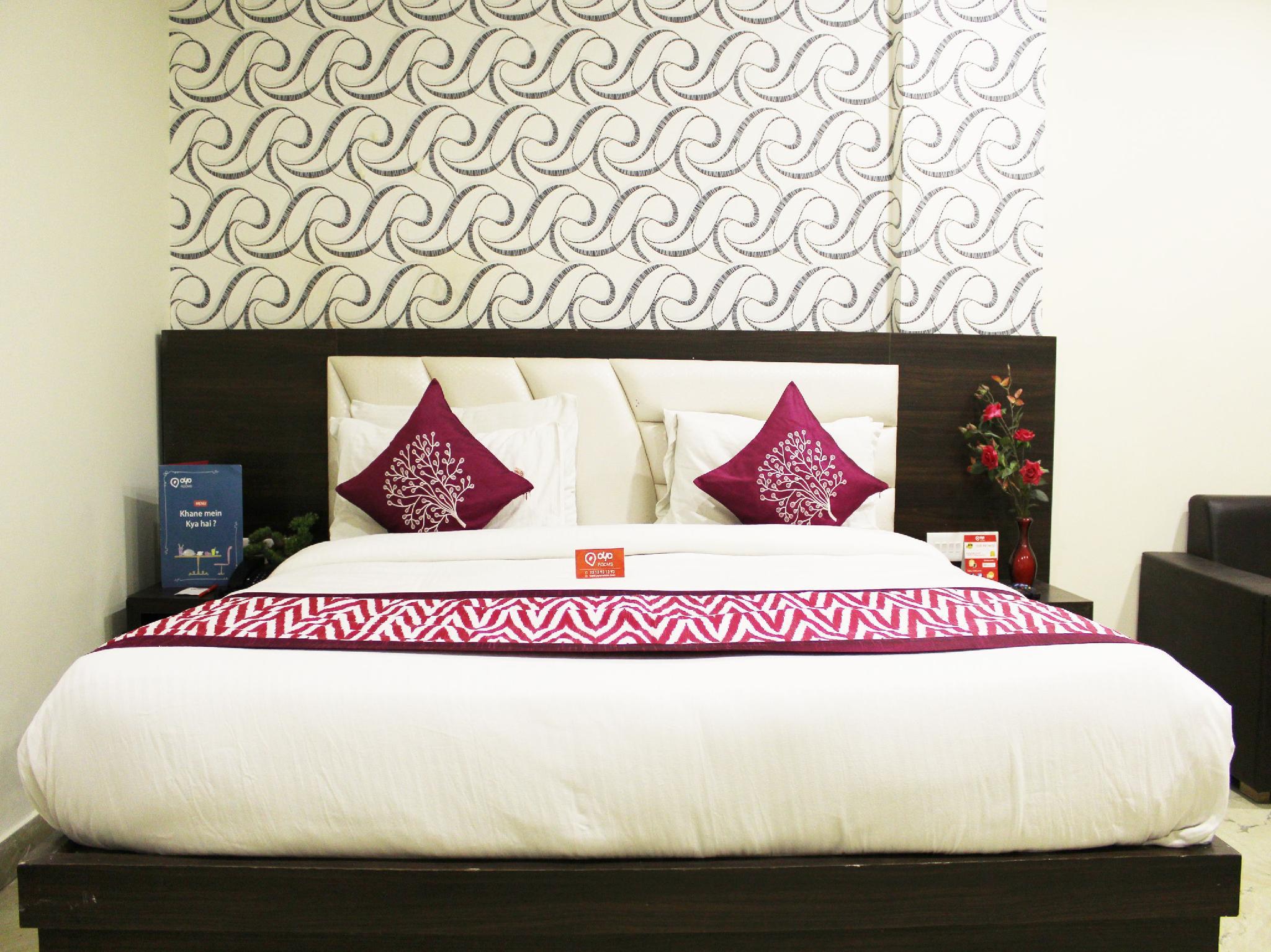 Oyo Rooms Yamuna Kinara Road