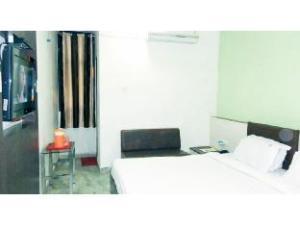 Vista Rooms @ Jyoti Cinema