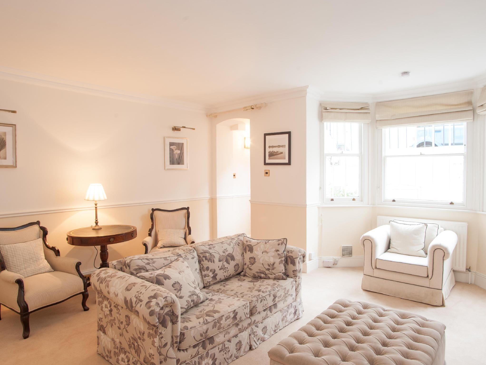 Veeve Charming 1 Bed just off Kings Road