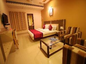 Oyo Rooms Subhash Road Rajkot