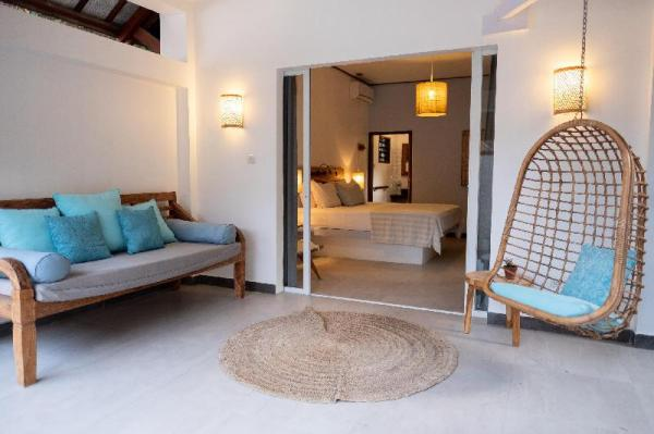 Karma Kayak Beach Front Resort Lombok