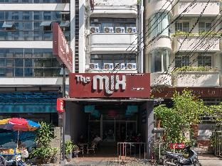 The Mix Bangkok - Silom เดอะ มิกซ์ บางกอก - สีลม
