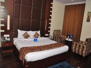 OYO Premium ISBT Tutikandi Shimla
