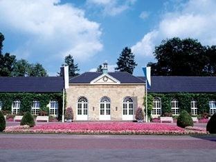 Graflicher Park Health And Balance Resort