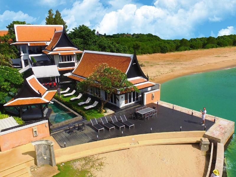 Luxury 5 Star Beach Villa With 6 Bedrooms