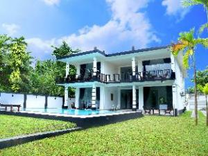 Minuri Villa