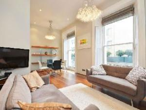 Uber Affluent Terraced Apartment in Kensington