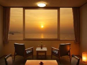 เทะตยะมะ ซันเซ็ต บีช โฮเต็ล (Tateyama Sunset Beach Hotel)