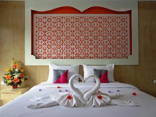 Red Sapphire Hotel. โรงแรมเรด แซฟไฟร์