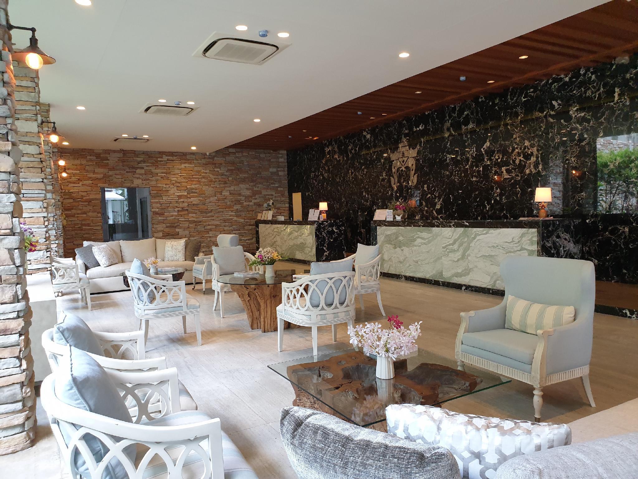 Rajah Hotel