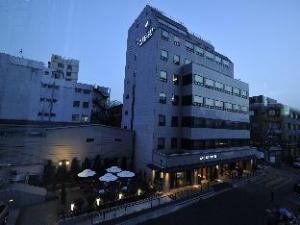 Acube Hotel