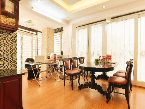 Simply Family House Ho Chi Minh City