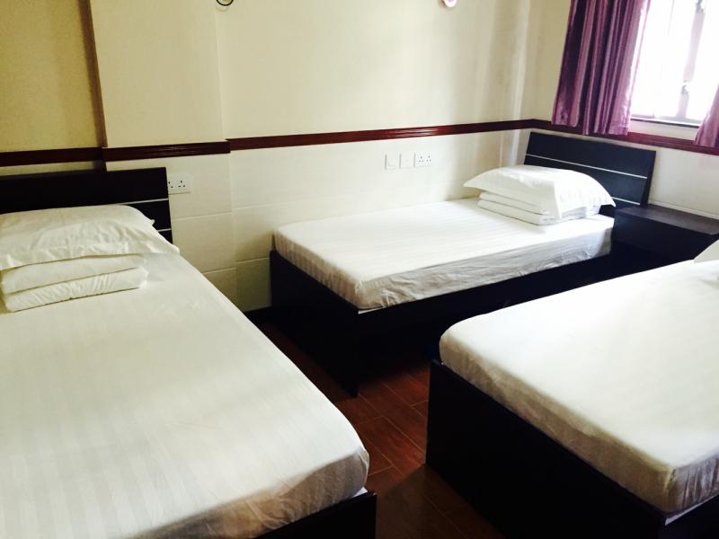 Lak Sun Hostel
