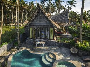 Absolute Beachfront Romantic Villa Laut