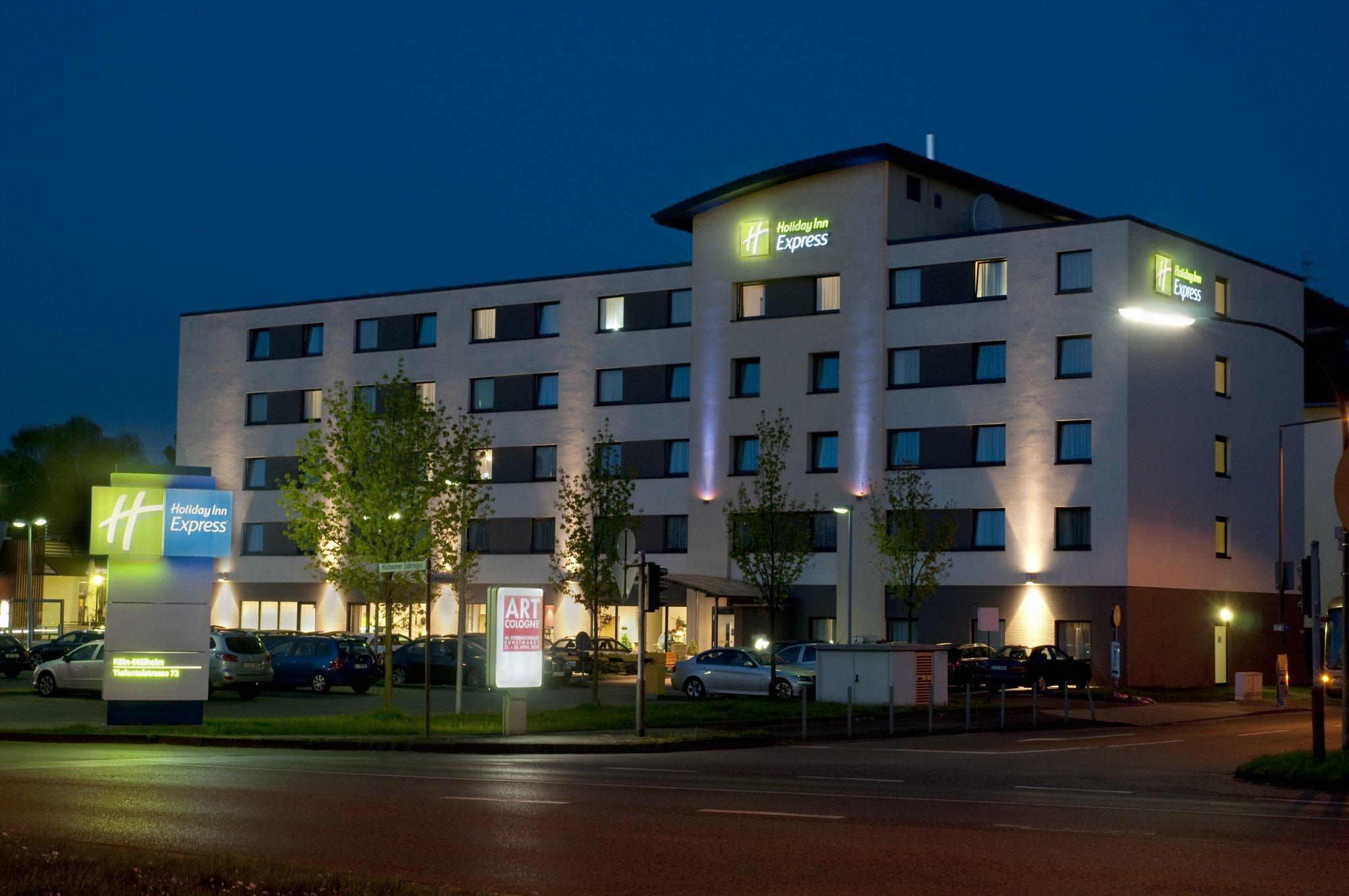 Holiday Inn Express Cologne M�lheim