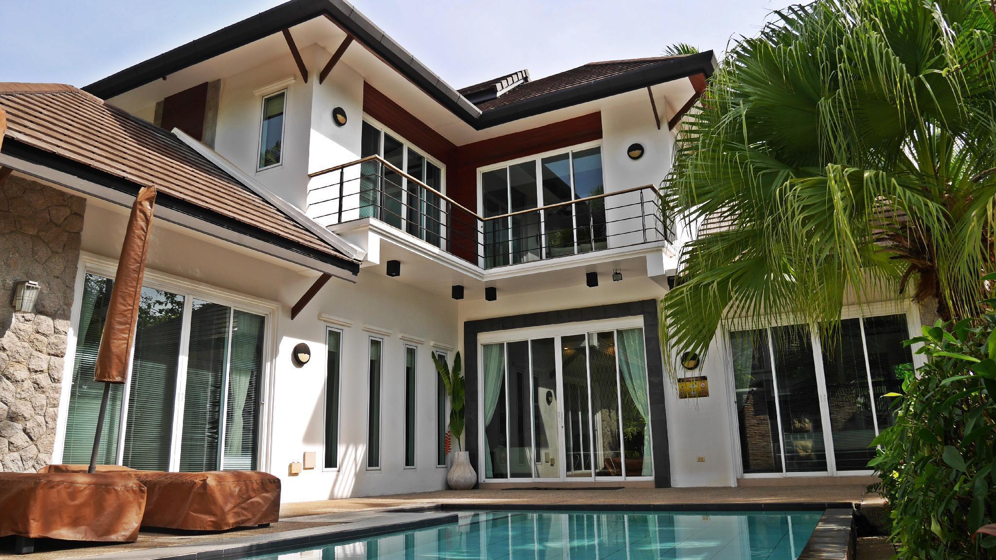 3 Bedroom Suriyasom Villa 3 เบดรูม สุริยาสม วิลลา