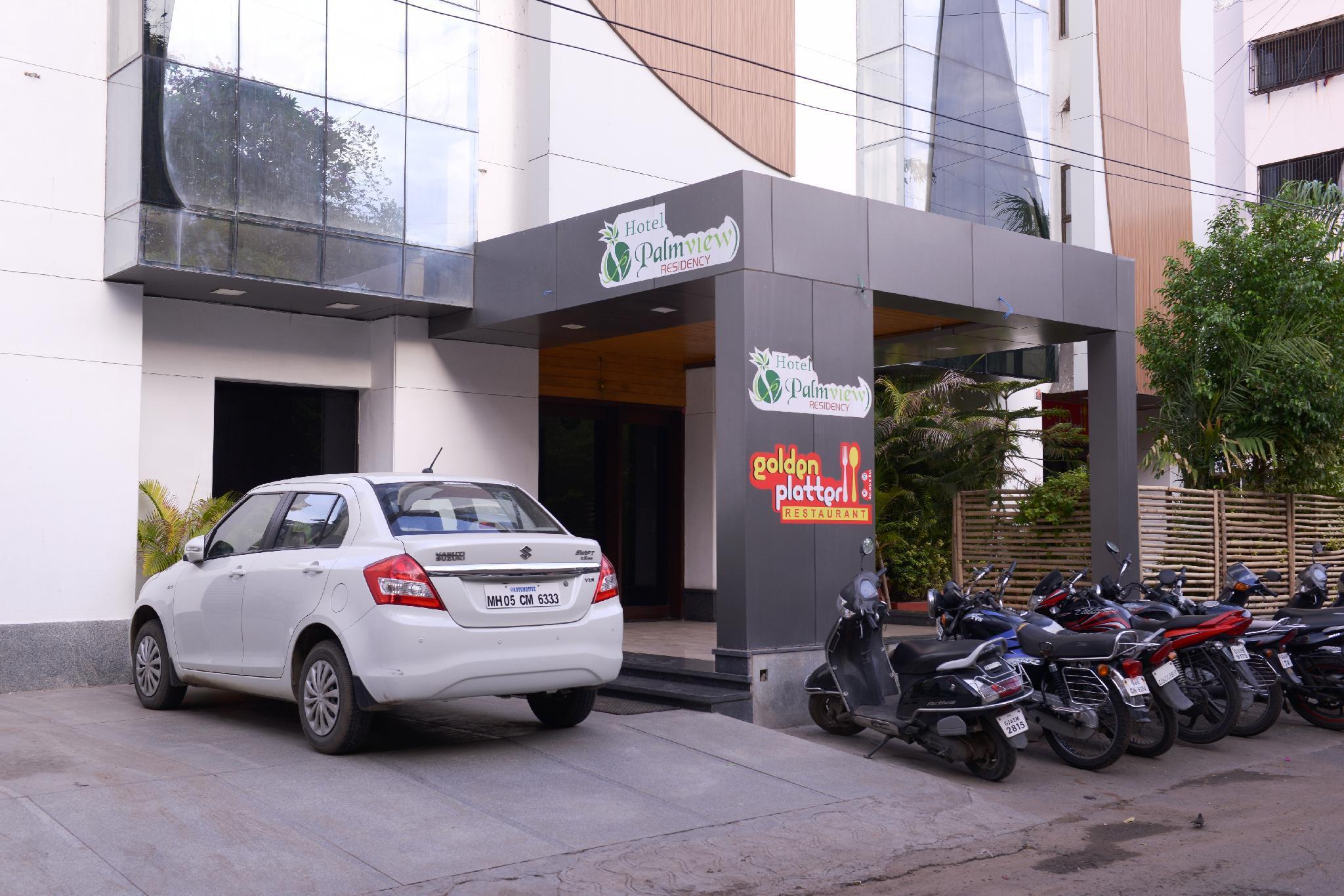 Hotel Palm View Residency
